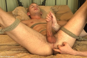 Bearded stud gives lots of pleasure to h - XXX Dessert - Picture 14