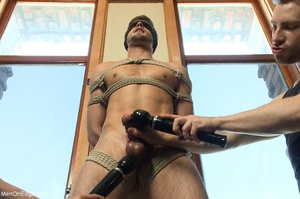 Bearded stud gets high while getting his - XXX Dessert - Picture 5