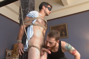 Red bearded master teasing blindfolded a - XXX Dessert - Picture 5