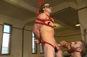 Sexy stud gets his popper dildoed in var - XXX Dessert - Picture 5