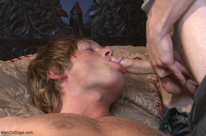 Muscular fair-haired stud gets his poope - XXX Dessert - Picture 17