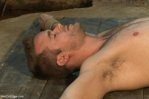 Good looking gay dude gets tied up and u - XXX Dessert - Picture 6