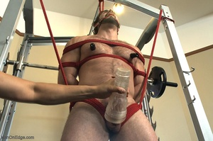 Bodybuilder gets used in the gym by two  - XXX Dessert - Picture 15