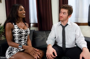 Ebony tranny's black and white dress com - XXX Dessert - Picture 2