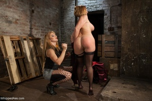 Lady has amazing forms and really lustfu - XXX Dessert - Picture 7