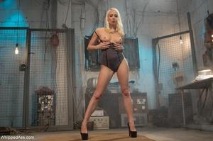 Blonde organizes crazy sexual experiment - XXX Dessert - Picture 3