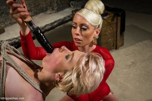Two blondes found a way to fight the bor - XXX Dessert - Picture 10