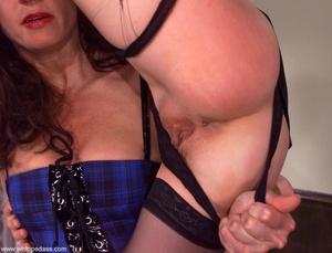 Female makes her victim crazy using wate - XXX Dessert - Picture 4