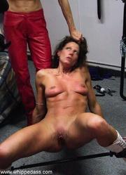 female brings pretty amateur