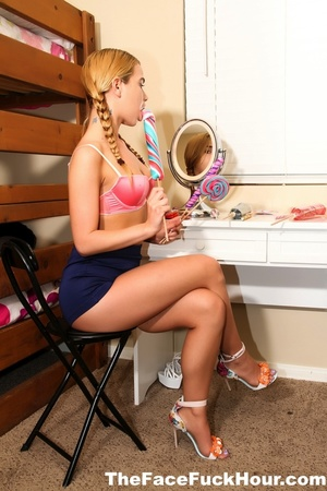 Sweet blonde with smoking hot body takes - XXX Dessert - Picture 1