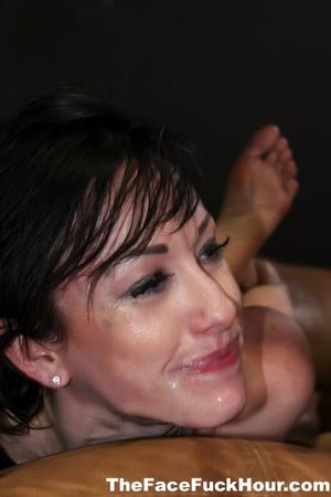 Nasty babe displays her indulging body w - XXX Dessert - Picture 10