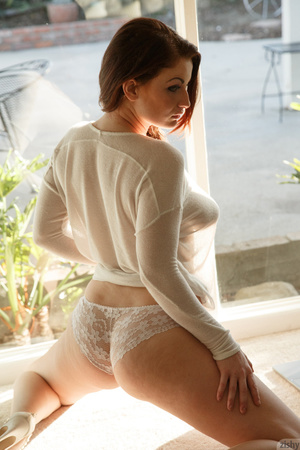 Stunning ginger lady in white lingerie s - XXX Dessert - Picture 7