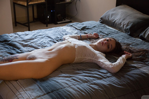 Tattooed little bitch with long hair sho - XXX Dessert - Picture 6