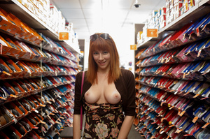 Busty redhead darling showing her beauti - XXX Dessert - Picture 4