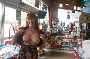 Busty redhead darling showing her beauti - XXX Dessert - Picture 7