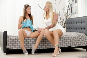 Fit lesbian hotties carpet munching and  - XXX Dessert - Picture 5