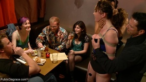 Kinksters adore watching the antics of a - XXX Dessert - Picture 5