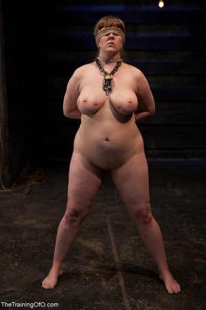 Chubby girl likes electrostimulation and - XXX Dessert - Picture 15