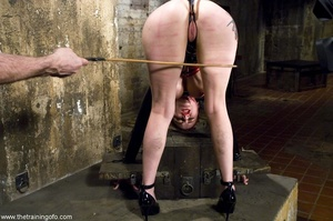 Look at the hot outfit this slave wiggle - XXX Dessert - Picture 5
