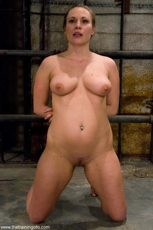 Chubby honey has a good time with a man  - XXX Dessert - Picture 6