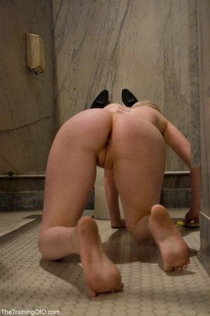 Good girl services two shafts as she str - XXX Dessert - Picture 1