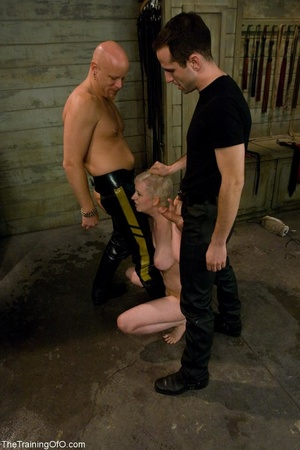 Good girl services two shafts as she str - XXX Dessert - Picture 10