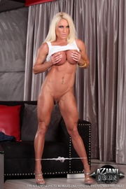 blondie with muscled body