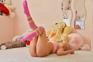 blonde gal pink fingers