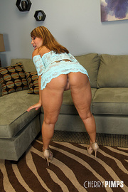 Ava devine milfs like it big