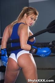 hot fighter displays her