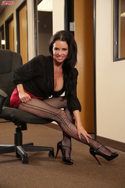 dark haired milf stockings