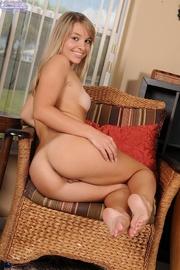 blonde babe reveals her