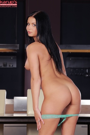 Sexy raven haired beauty plays with her  - XXX Dessert - Picture 7