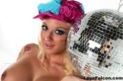 curvy disco blondie with