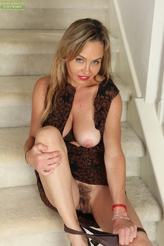 mature wife plays big