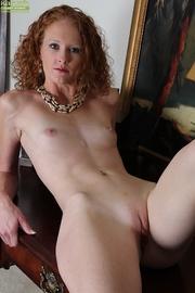 slim brunette cougar fingers