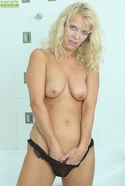 blonde cougar wets herself