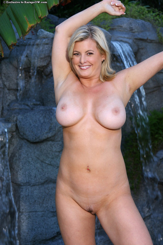 thick blonde milf black