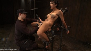 Clothespins placed on her body sting goi - XXX Dessert - Picture 16