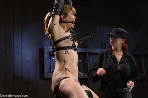 Red-lipped Mistress shoves fingers and an ass plug into a sub's mouth, then carelessly sets her on a Sybian. - XXXonXXX - Pic 11