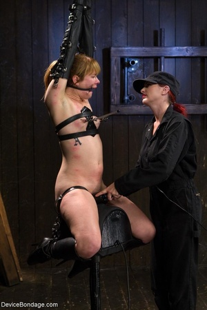 Red-lipped Mistress shoves fingers and an ass plug into a sub's mouth, then carelessly sets her on a Sybian. - XXXonXXX - Pic 13