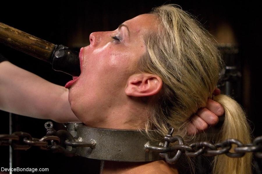 Lesbian Deep Throat Bondage