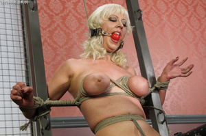 Steaming hot blonde with luscious body g - XXX Dessert - Picture 6