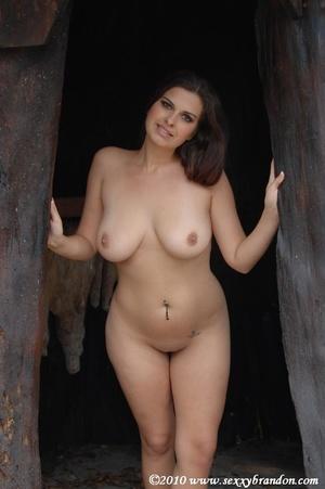 Hot Brandon Nude Girls Pic