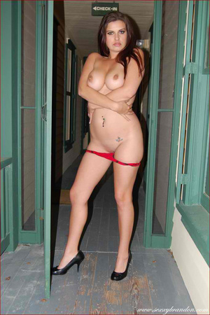 Gorgeous hottie pose topless and reveals - XXX Dessert - Picture 8