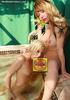 blonde t-girl down suck