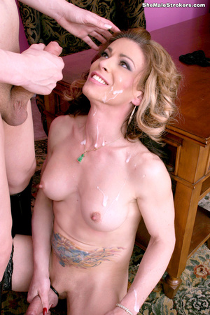 Classy blonde tranny gets pounded and cr - XXX Dessert - Picture 4