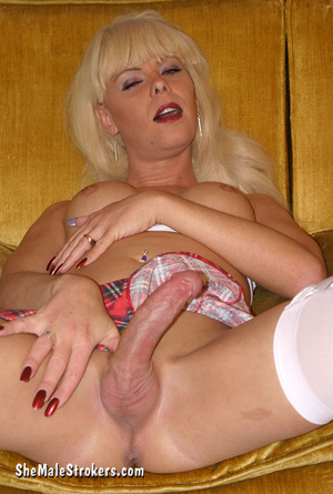 Blonde tranny displaying her hard meat p - XXX Dessert - Picture 4