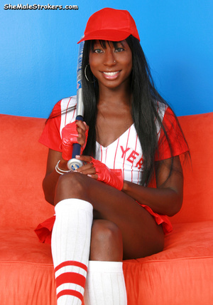 Horny baseball tranny showing her black  - XXX Dessert - Picture 3