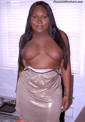 Chunky ebony trappy queen show her big t - XXX Dessert - Picture 3